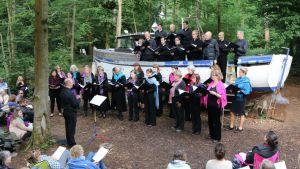 Exultate Singers performing onboard